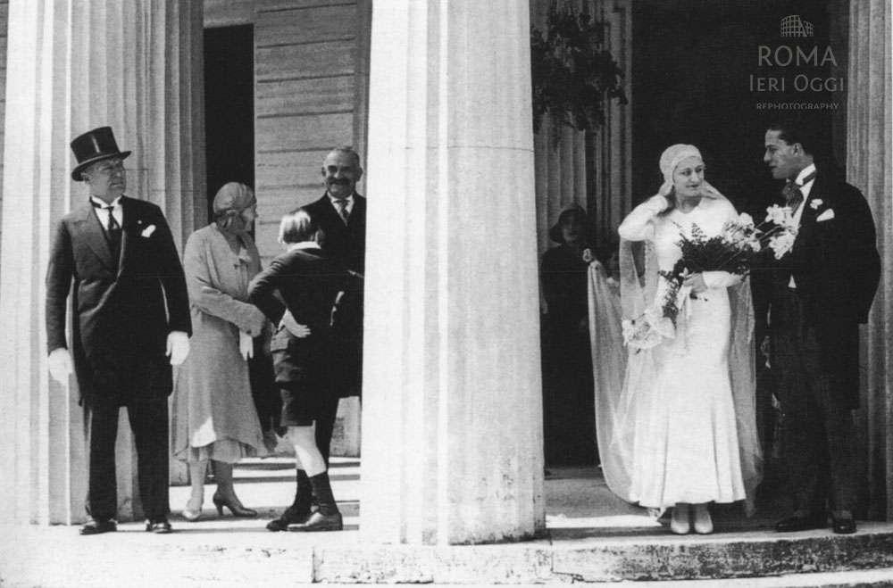 Matrimonio Di Romano Mussolini : Il matrimonio della figlia di mussolini a villa torlonia