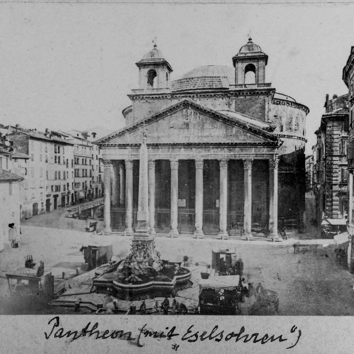 L-1090250 - Pantheon