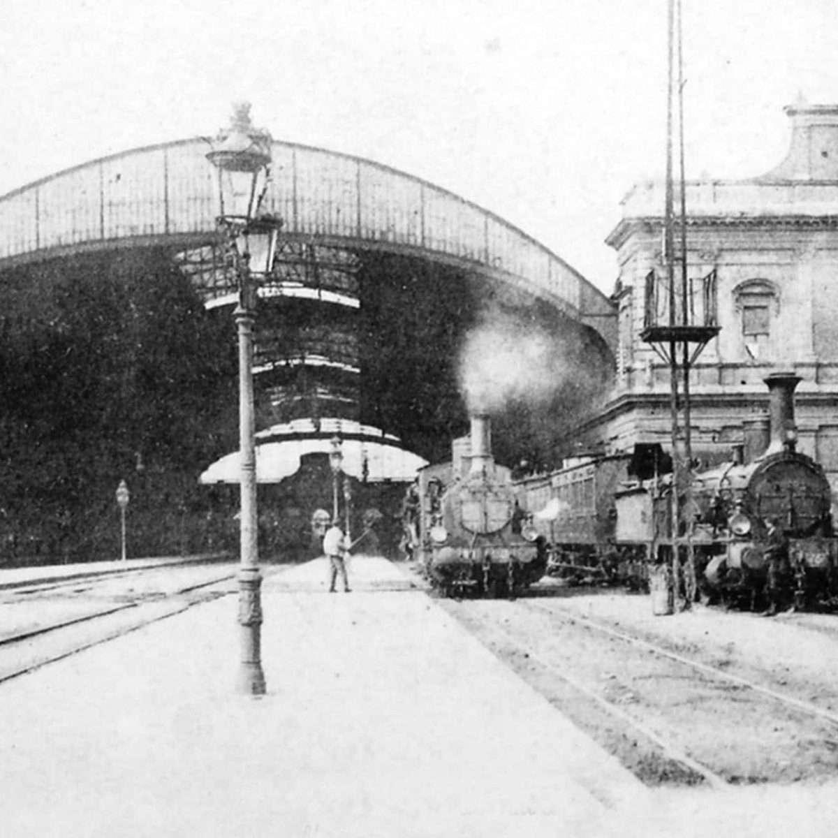 Stazione retro (1910 ca)