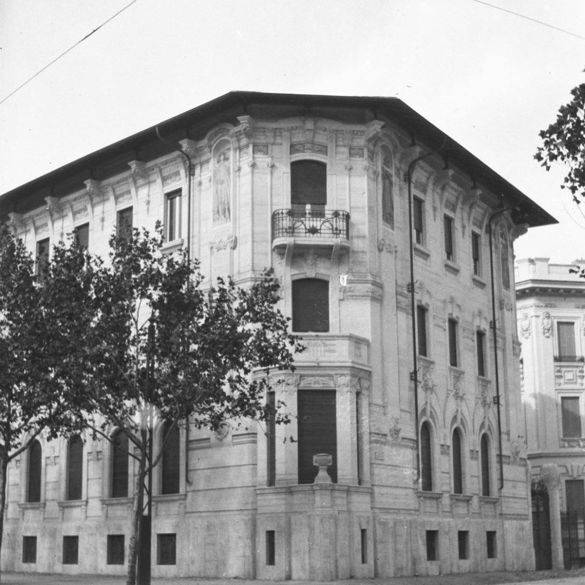 17 - Villa Astengo, Lungotevere de' Cenci