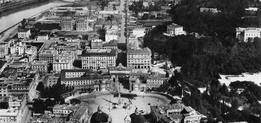 Piazza del Popolo dall'alto (1925)