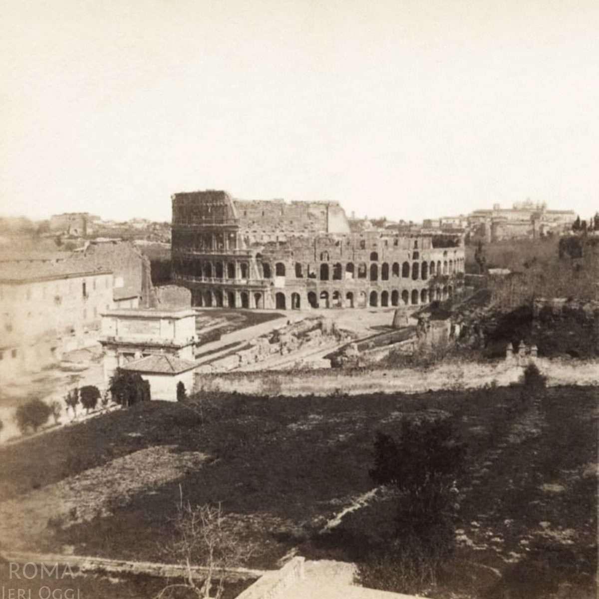 Vista dal Palatino - Colosseo