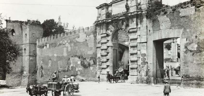 Porta San Giovanni (1900 ca)