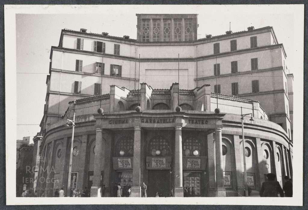 Piazza Bartolomeo Romano - Cinema Teatro Garbatella