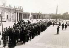 Piazza San Pietro (1925)