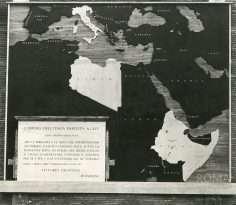 Via dei Fori Imperiali, già Via dell'Impero (1936) 7 foto