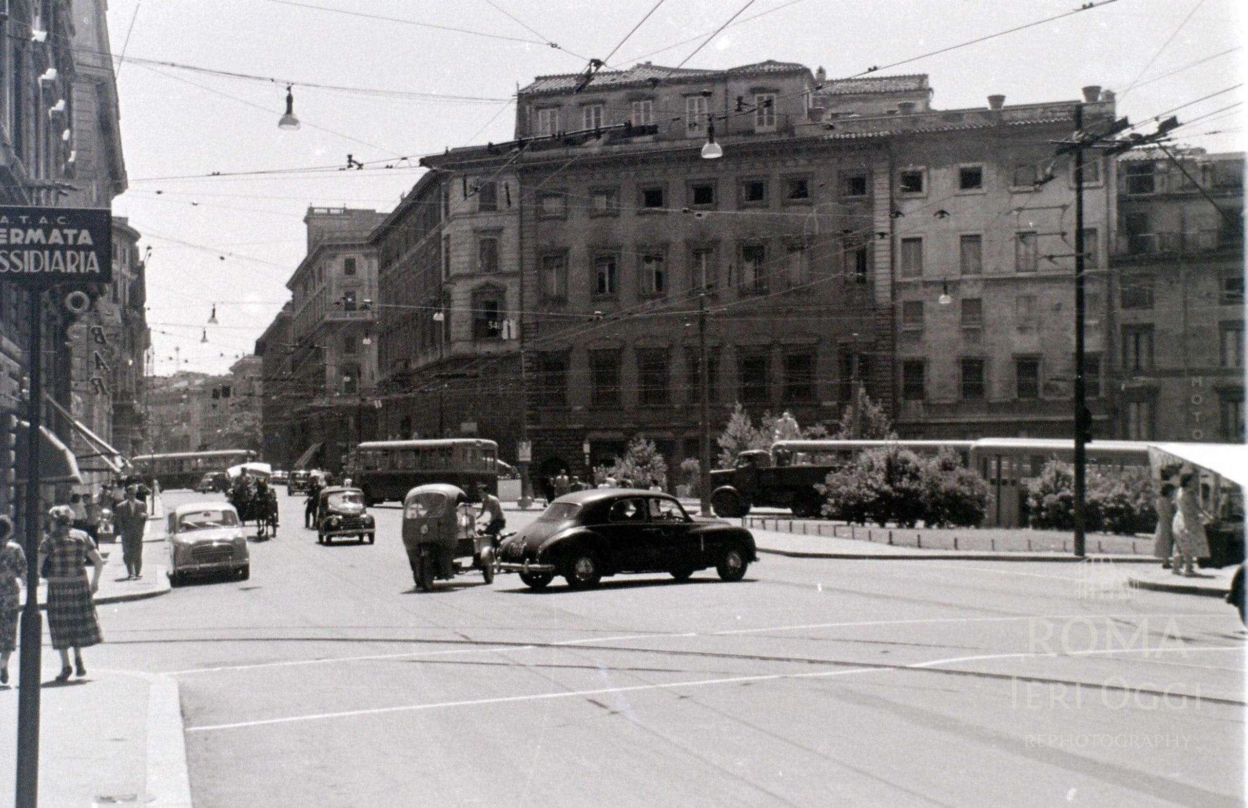 Roma 1956 56 foto roma ieri oggi for Corso grafica roma