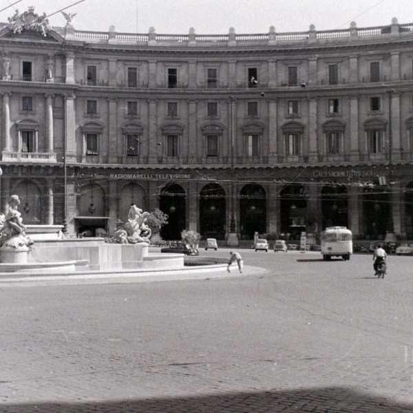 Piazza della Repubblica (già Piazza Esedra)
