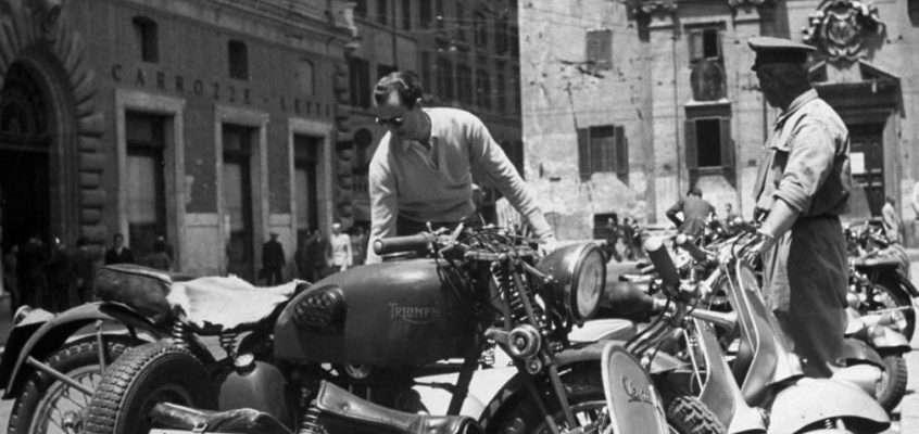 Piazza San Silvestro (1948 ca)