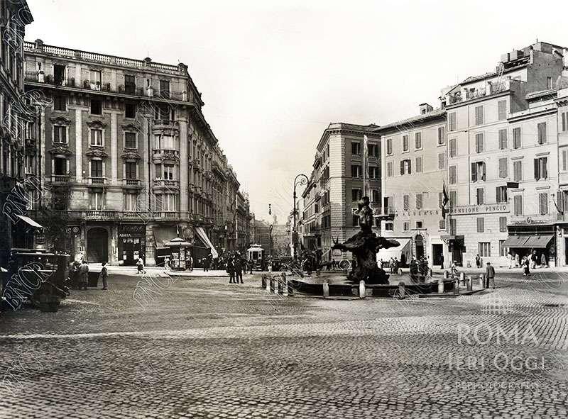 Piazza Barberini (1923 ca)