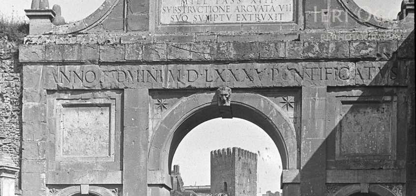 Via di Porta San Lorenzo (1880 ca)