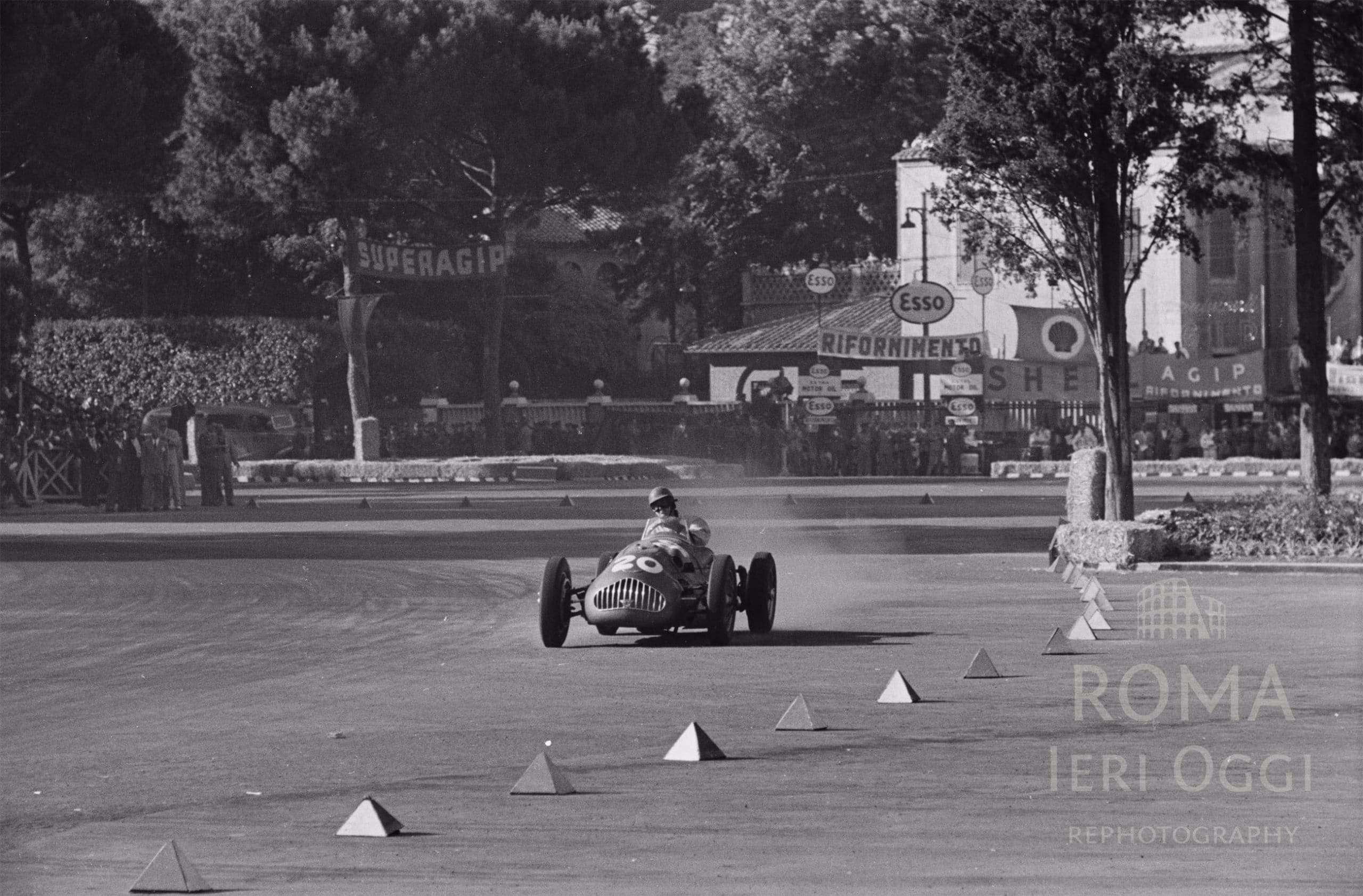 8fcdd5eb3d3 Quando si correva il Grand Prix… siamo nella zona delle Terme di Caracalla