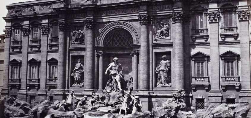 Piazza di Trevi (MacPherson, 1865 ca)