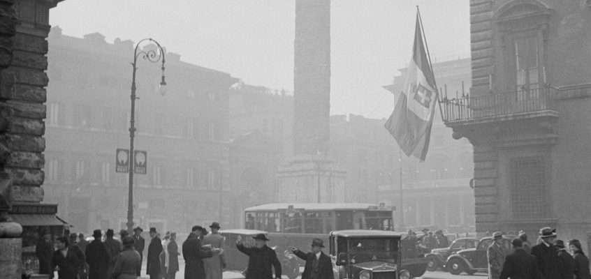 Piazza Colonna (1937) 3 foto