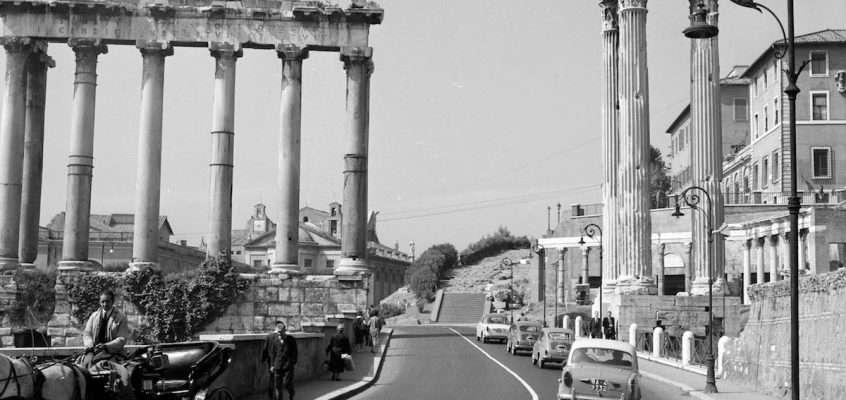 Via della Consolazione (1958)