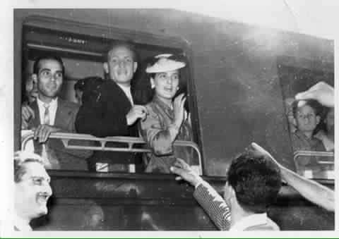 Alberto Ierardi - Stazione Termini Roma 1953 partenza per il viaggio di Nozze dei miei genitori