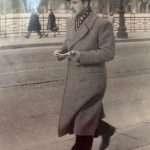 Bruna Milani - Mio padre a passeggio su Ponte Garibaldi ( guardate che bella ringhiera!) credo prima della guerra