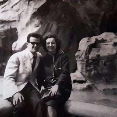 Daniela Colombari - Mamma e papà in viaggio di nozze... Fontana di Trevi - ottobre 1961