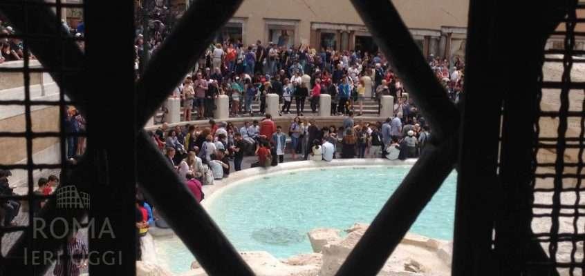 Dentro la Fontana di Trevi (video e foto)