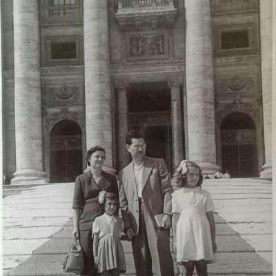 Dora Tarallo - I miei nonni, mia zia e mia madre (da Gaeta a S.Pietro per il Giubileo del 1950)