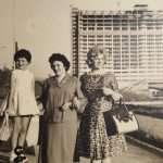 Emanuele Merella - Mia nonna mia madre e mia zia al laghetto dell'Eur con il palazzo dell'Eni in costruzione. Anno 1960