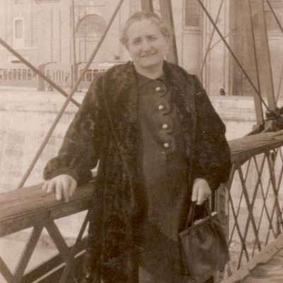 Maurizio Merosi - ponte dei fiorentini, dove si pagava il passaggio e sostituito da ponte duca d'aosta, mia nonna adele che abitava in via dell'oro