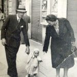 Mirella Fatello Fatello - ROMA - 1940 VIA COLA DI RIENZO IO, PAPÀ E MAMMA