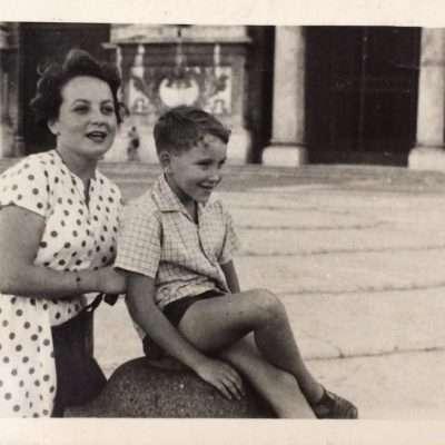 Nino Marinetti - Io e Zia Adriana a Piazza San Giovanni negli anni 50