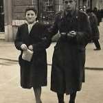 Patrizia Tantari - In questa foto ci sono papa' e mamma non so in quale strada ( forse qualcuno la riconosce !!) nell'anno 1942
