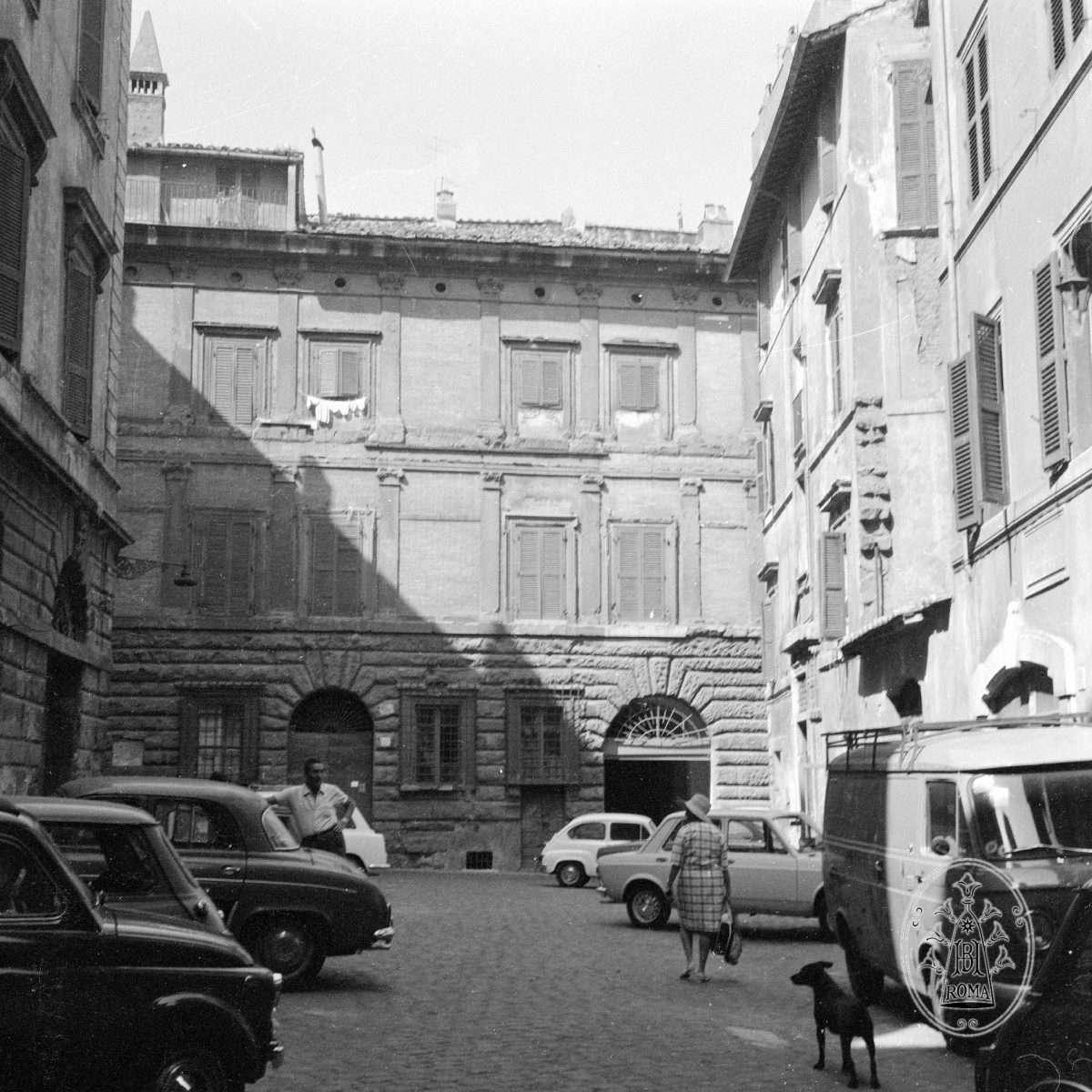 Piazza di Montevecchio