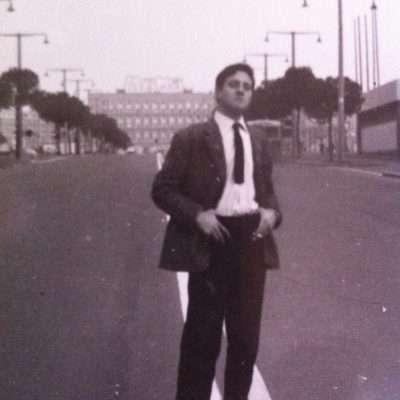 Piero Martelli - Cristoforo Colombo sullo sfondo il palazzo INCIS di Piazza dei navigatori 1962