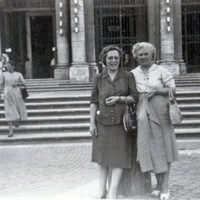 Roberto Patriarca - Mia madre e mia zia davanti Santa Maria Maggiore