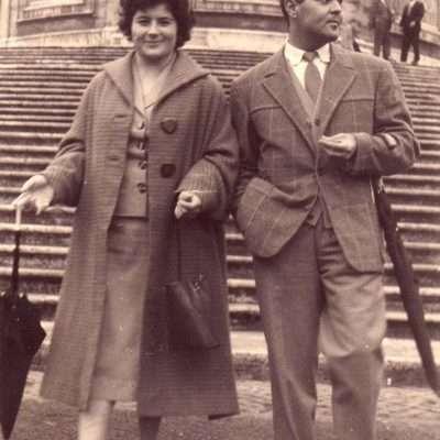 Rosalba Zucco - I miei genitori Oscar e Ada, freschi sposi, sulla scalinata di Santa Maria Maggiore, nel 1958