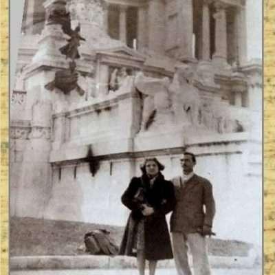 Rosanna Russo - I miei genitori la prima volta a Roma, autunno 1947 Altare della Patria