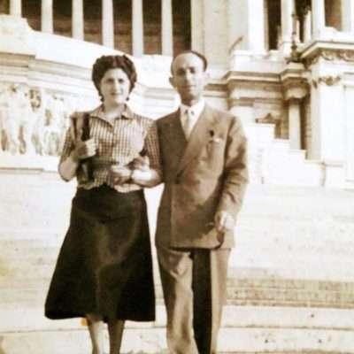 Sergio Bertola - I miei genitori a piazza venezia 1949