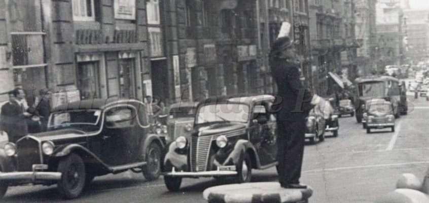 Via del Tritone (1952)
