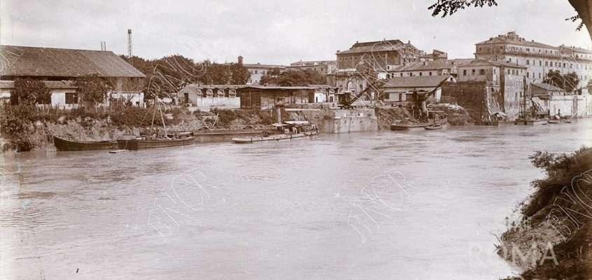 Tevere (1915)