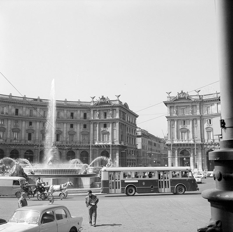Piazza Esedra (1958)