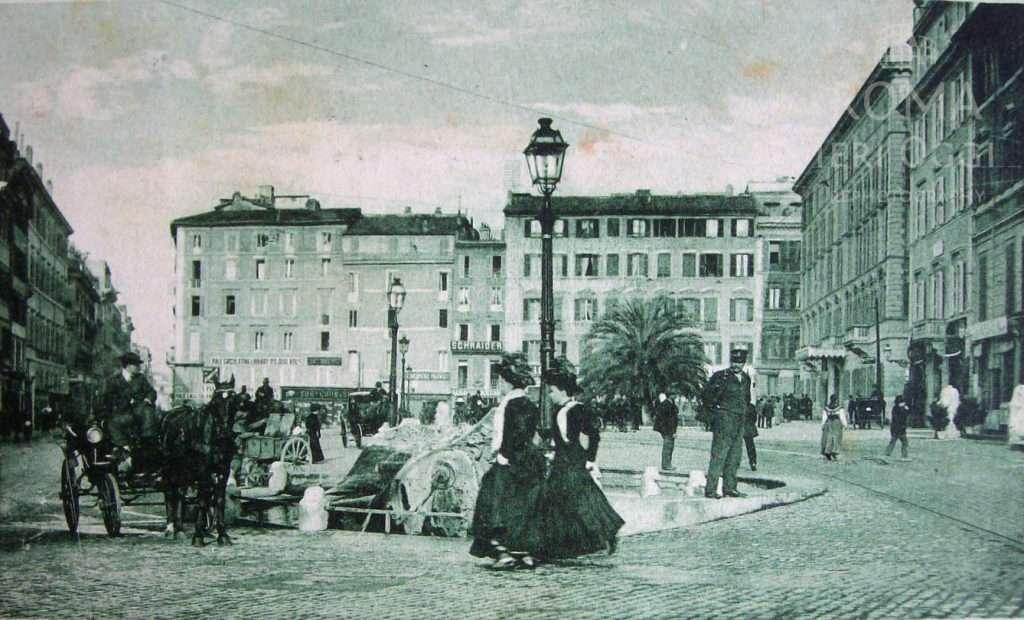 Piazza di Spagna (1900 ca)