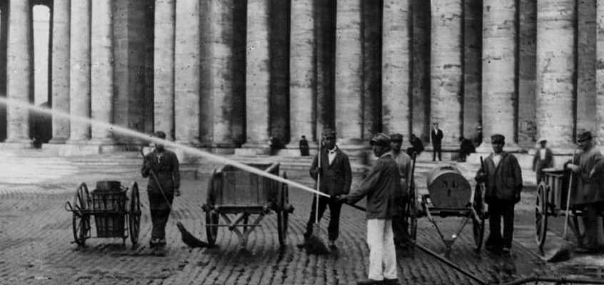 Piazza San Pietro (1920 ca)
