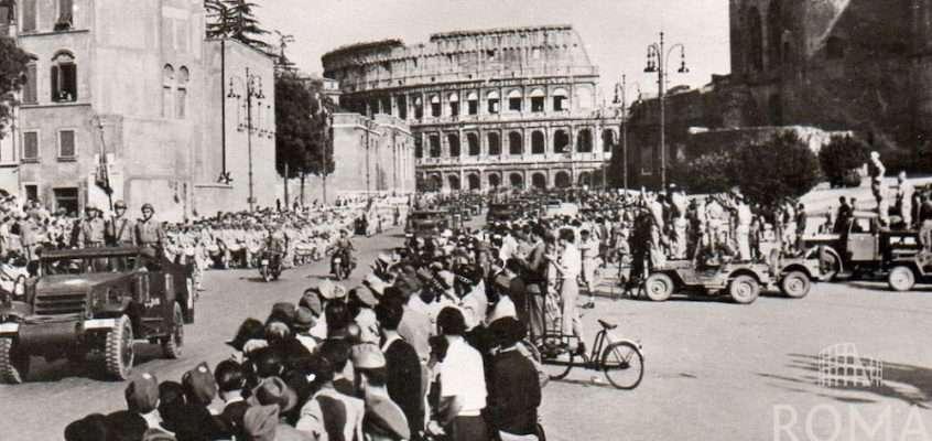 Via dei Fori Imperiali (1944)