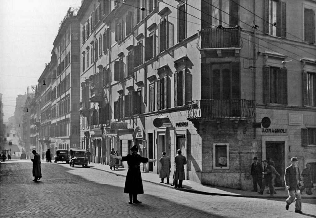 Via Sistina angolo via Francesco Crispi