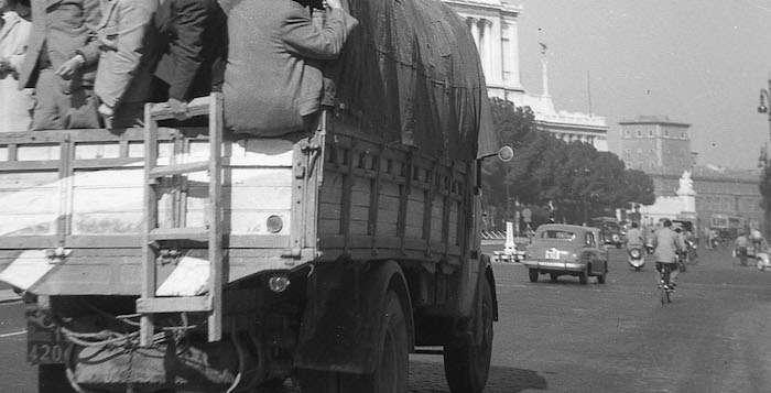 Via dei Fori Imperiali (1953)