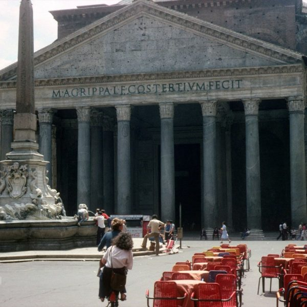 Piazza della Rotonda - Pantheon