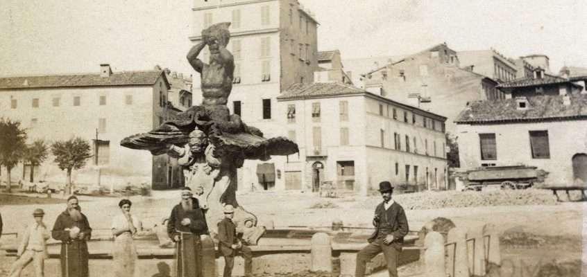 Piazza Barberini (1870 ca)